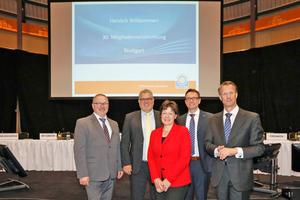 Sehr zufrieden mit der Entwicklung der Gütegemeinschaft Kanalbau sind Uwe Neuschäfer, Gunnar Hunold, Ingrid Hansen, Dr. Marco Künster und Ulf Michel (v.l.).