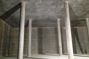 unten: Der Trinkwasserspeicher: Hygiene durch Beton.