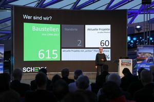 Dipl.-Ing. (FH) Christel Scheyk vom Scheyk Ingenieurbüro stellte nicht nur ihr Unternehmen vor, sondern sprach ausführlich über die Sanierung des Münchner Olympiaturms und die damit verbundenen Sicherheitsvorkehrungen.<br />