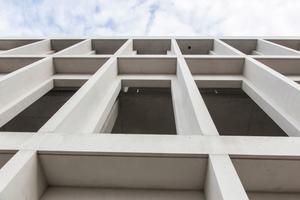 Projekt Erst-Basler KunstCampus, Berlin: Es wurden etwa 4.000 m² Wandflächen mit der Betoplan top MF und etwa 6.000 m² Deckenflächen mit der Magnoplan MF ausgeführt.