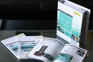 """Das """"Handbuch Regenwassermanagement 8.0"""" von Fränkische fasst alle wichtigen Informationen zum Umgang mit und zur Behandlung von Regenwasser zusammen."""