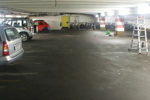 Das Parkhaus verfügt über 108 Stellflächen, die von Dauerparkern, Einkaufenden und Touristen rund um die Uhr genutzt werden können.