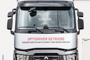 Renault Trucks zeigte in München ein umfassendes Spektrum von Fahrzeugen für den kommunalen Einsatz, für Straßendienst und Bauaufgaben.