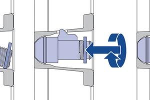 """Werkzeugloses Einsetzen der Ankermutter I 20,0 in die Stellseite der Framax Xlife plus: Der Haken der """"Haifischmutter"""" greift in die integrierte Aussparung – danach muss nur noch die Zentrierscheibe nach innen gedrückt und um 180 gedreht werden."""