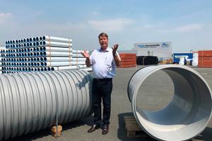 Dieter Jungmann, Leiter des Geschäftsbereichs Tiefbau, Funke Kunststoffe GmbH, ist begeistert von den neuen technischen Möglichkeiten der in 2018 vorgestellten Innovationen.