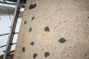 Nach Abschluss der Betoninstandsetzung wurde die gesamte Oberfläche für den Auftrag eines Oberflächenschutzsystems vorbereitet.
