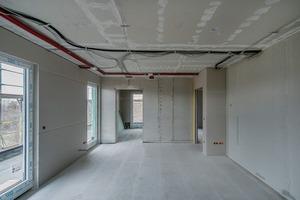 Sämtliche Wände erhielten beidseitig in Abhängigkeit der Brandschutzanforderungen (Feuerwiderstand sowie Kapselkriterium) eine ein- bzw. zweilagige Bekleidung aus Fermacell-Platten.