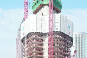 Zuerst klettert der Gebäudekern, dann folgen die Außenbereiche.