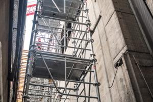 Das flexible Grundrissmaß, die in Ein-Meter-Abständen variable Aufbauhöhe sowie die Spindelhöhe von bis zu je 62 cm an Kopf- und Fußspindel verleihen dem ST 60 Stützturm hohe Einsatzflexibilität.