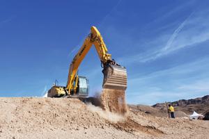 Automatisierte Funktionen sorgen dafür, dass der Baggerfahrer mit mehr Präzision und Effizienz arbeiten kann.
