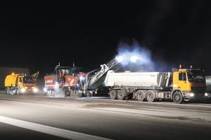 Dank Smooth-Ride wird am Frankfurter Flughafen die Startbahn 18 West in nur 120 Stunden erneuert.