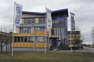 Der Stammsitz des Unternehmens an der Frankenstraße in Ebensfeld.