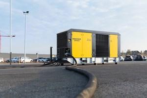 Die neue M255E sorgt für abgas- und lärmfreie Drucklufterzeugung an jedem Aufstellungsort.<br />