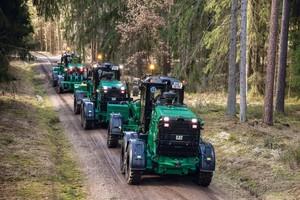 Das Grader Trio sorgt in ganz Bayern für befahrbare Forstwege.