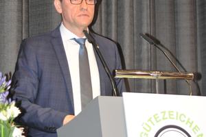 Der Geschäftsführer<br />des Vereins Dr. Marco Künster.