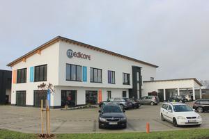 Im Gewerbegebiet von Eching entstand ein größeres und nach individuellen therapeutischen Vorstellungen konzipiertes Physiotherapie-Zentrum.