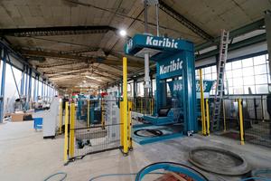 Maschine für die Herstellung von Schachtringen und Gelenkstücken.