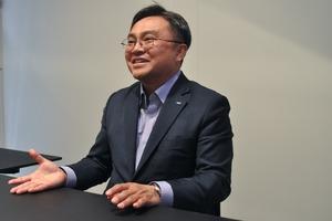 Charlie Park ist CEO von Doosan Infracore.