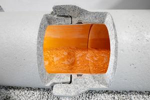 Im Markt einzigartig: Das Doppeldichtsystem des Fabekun-Kanalrohrsystems besteht aus der innen gekammerten Vakuumdichtung im Kunststoffrohr und der äußeren Lippendichtung im Betonrohr.