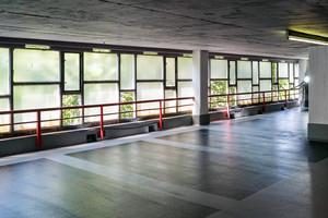 Mit der Oberflächensanierung der Parkflächen rundete Sika die Instandsetzungsmaßnahmen im Karstadt-Parkhaus ab.