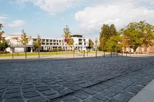 Der Platz vor dem Schlosshotel.
