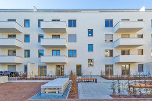 Großzügige Balkone und ein ruhiger Innenhof sorgen für gehobenen Wohnkomfort in Citylage.