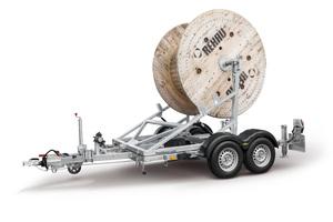 Die Anhänger der Humbaur-Modellreihe KTA sind für Kabeltrommeln bis zu einem Durchmesser von 2.800 Millimeter und einer Breite von 1.450 Millimeter ausgelegt.