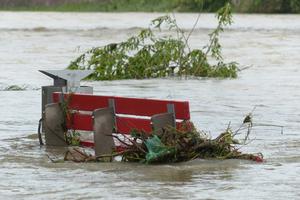 Infolge von Starkregenereignissen können Gewässer zu reißenden Strömen werden.
