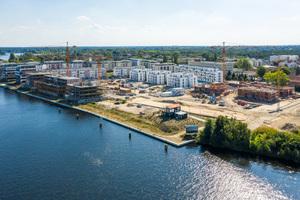 Regattastraße 10 bis 35 im zu Köpenick gehörenden Grünau. Auf dem 100.000 Quadratmeter großen Grundstück errichtet die BUWOG das Quartier 52° Nord mit mehr als 800 Miet- und Eigentumswohnungen.