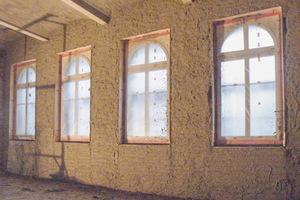 Dank der Verwendung von Tri-O-Therm M dauerte es gerade mal zwei Wochen, die fast 1.000 Quadratmeter Wandfläche zu dämmen.