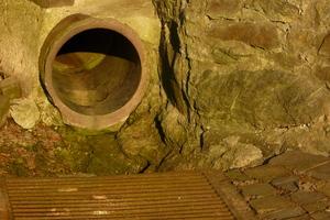 Etwa 65 km des 271 km langen Kanalnetzes der Stadt Pirmasens bestehen aus Steinzeug.