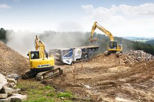 Das HKL Center Linz stellte zwei Maschinen für Abbrucharbeiten bereit.<br />