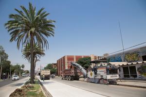 Die Wirtgen W 150 CF / W 150 CFi meistert ein breites Spektrum an unterschiedlichen Aufgaben. So eignet sich die Kompaktfräse besonders für Großbaustellen mit beengten Platzverhältnissen wie in Innenstädten. So auch in Torreón, Coahuila, Mexico.