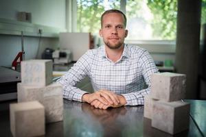 Jungunternehmer Ricardo Remus revolutioniert mit seinem Ultraschall-Verfahren die Betonherstellung.