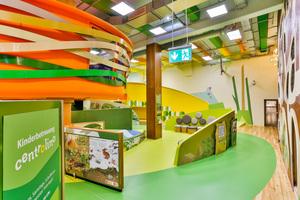 """In fröhlich-bunten Farben, mit vielen tollen Formen und jeder Menge Spielmöglichkeiten lädt das """"Centrolino"""" im Shopping-Center Oberhausen ein, wie mit dem auskragenden """"Vogelnest""""."""