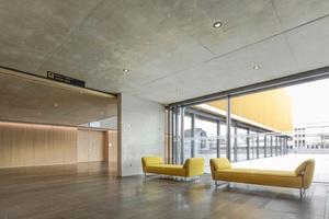 Der Beton für den Rohbau und die Sichtbetonflächen wurde mit Zement aus dem Werk Burglengenfeld von HeidelbergCement produziert.