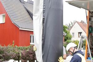 """""""Schaustelle"""" SF-Schachtliner in Bremen: Installation von SFSchachtliner DN 1000 mit einer Mindestwandstärke von 5,0 Millimeter und einer Länge von rund 6 Meter."""
