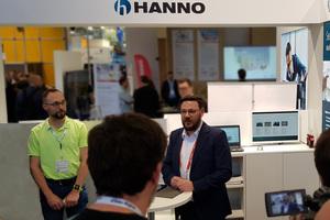 Oliver Troska (Leiter der Anwendungstechnik bei Hanno) stellt auf der digitalBAU 2020 die Vorteile der neuen Service-Leistungen BIM, ift-Montagetool sowie Ausschreibungstexte vor.<br />