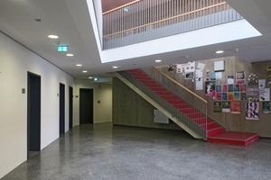 Nach Fertigstellung der Arbeiten zum Hochwasserschutz: Die Räume der  Domäne Marienburg verfügen über einen optisch ansprechenden Terrazzobodenbelag.