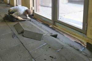 An den bodentiefen Fenstern wurde der Dämmstoff entsprechend angepasst.