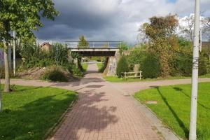 Vorher: Etwas in die Jahre gekommen wirkte die alte Eisenbahnüberführung in Steinfurt-Borghorst vor dem Ersatzneubau.
