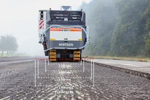 Bei den Modellen W 220 FI und W 250 FI sind Fräsbreiten von 2.200 bis 3.800 mm möglich.<br />