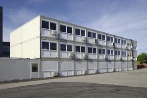 Die dreigeschossige Raumlösung besteht aus 60 Premiumcontainern und bietet eine Nutzfläche von fast 1.100 Quadratmetern.