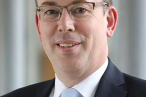 Dr. Gerhard Mudrack, Vorstandsmitglied von Soka-Bau.