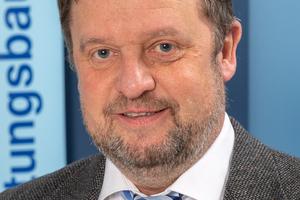 Trotz etwas Wehmut sieht Prof. Dipl.-Ing. Thomas Wegener positiv gestimmt dem kleinen Jubiläum in neuer Umgebung entgegen.