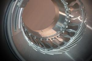 Dank der patentierten Konstruktion in der einteiligen Edelstahlhülse bewältigt das Rohrinnendichtsystem Pipe-Seal-Flex Achsabweichungen bis zu acht Grad.
