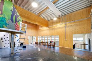 Die Halle bietet einen 160 Quadratmeter großen Kinderbereich.