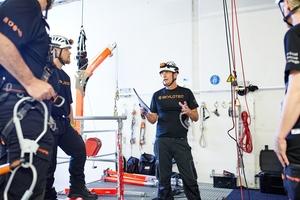 Erfahrene Instrukteure leiten im Vertical Rescue College Schulungen, die verschiedene Schwerpunkte haben.