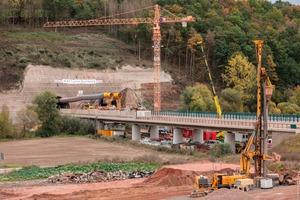 Der nordosthessische Autobahntunnel Boyneburg ist ca. 1,7 km lang und besteht aus zwei Tunnelröhren.