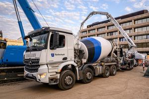 Für den gesamten Rohbau liefert Dyckerhoff rund 10.000 Kubikmeter Beton.